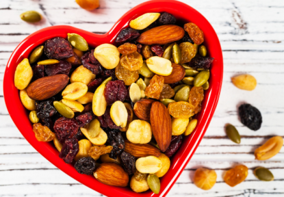 6 Healthy Snacks for Busy Moms